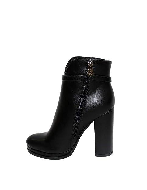 451e90342e062 Scarpe Donna Tronchetti Solo Soprani in Pelle Nera YK30B-BLACK  Amazon.it  Scarpe  e borse