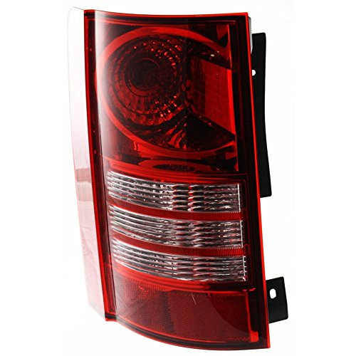 (Evan-Fischer EVA15672016883 Tail Light for Chrysler Town and Country 08-10 Assembly CAPA Certified Left Side)