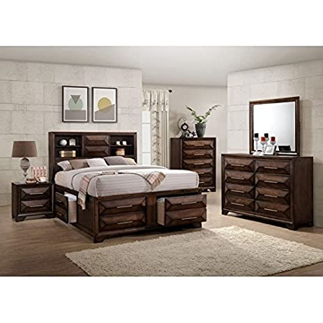 Simmons Casegoods Anthem Collection 5 Piece Bedroom Set Queen/King King