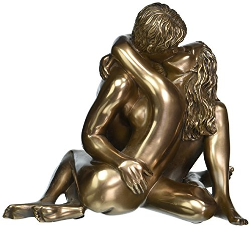 Design Toscano The Embrace Sculpture in Faux ()