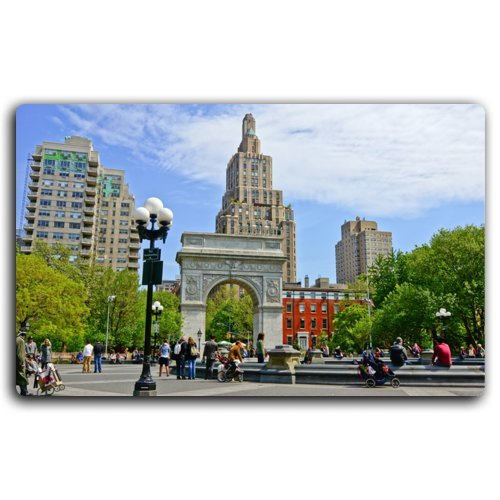 (NYC_-_Washington_Square_Park tourist memorial magnet fridge)
