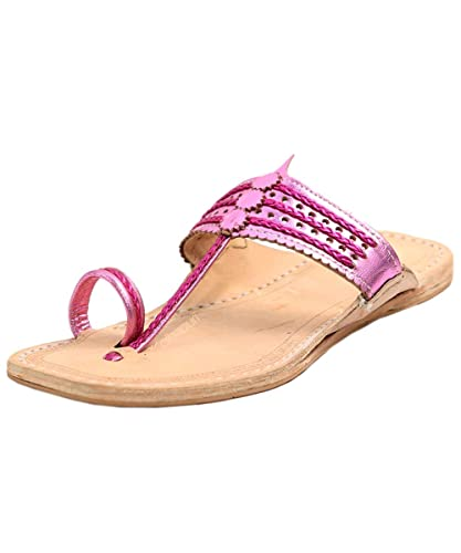 e38ba56e62c6 eKolhapuri Handmade Authentic Genuine Leather Cool Metallic Pink Kolhapuri Ladies  Chappal  Buy Online at Low Prices in India - Amazon.in
