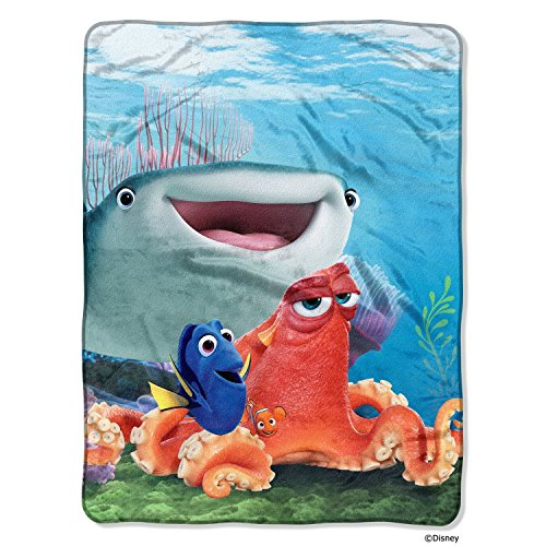 1 Piece 46 X 60 Kids Blue Orange Finding Dory Theme Throw Blanket, Geometric Dory Marlin Mr Ray Nemo Gurgle Crush Pixar Movie Soft Picnic Car Style Accent Bedding Couch Sofa Bedroom Bed, Polyester