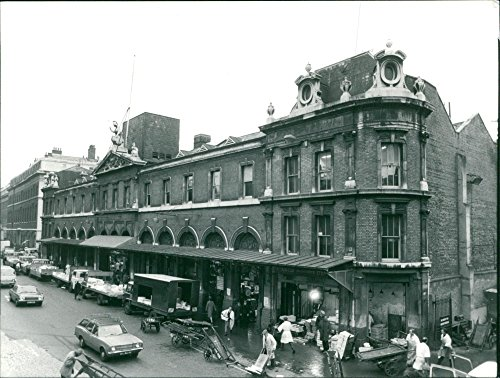 Vintage photo of World famous billingsgate fish market. ()