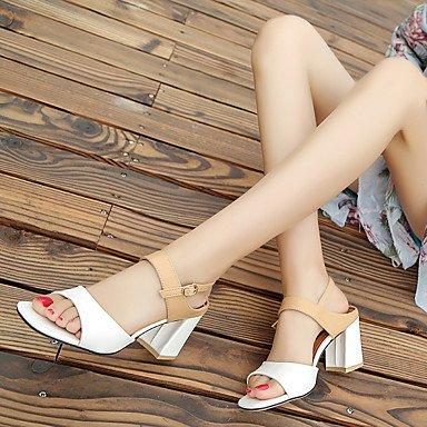LvYuan Mujer Sandalias Confort Cuero Patentado Primavera Verano Casual Vestido Fiesta y Noche Confort Pajarita Hebilla Tacón Robusto Blanco Beige beige