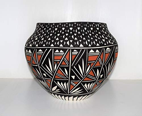 (Large Hand Painted Authentic Acoma Pueblo Pottery Bowl)