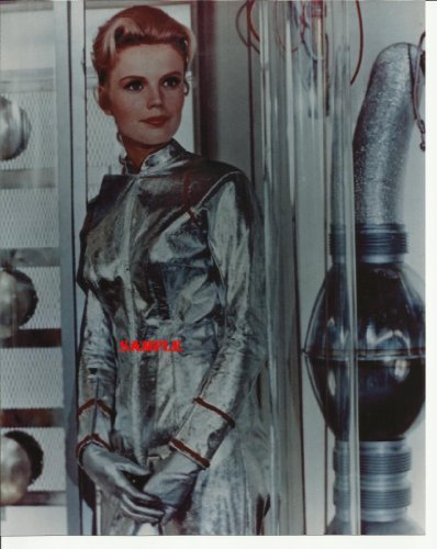 Lost In Space Marta Kristen Photo 8x10 LIS1008