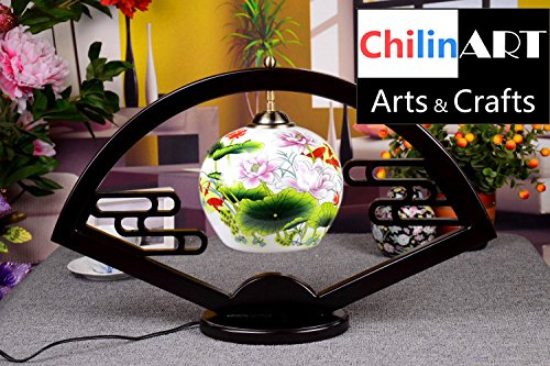 e lamps, lotus and goldfish image of painting, color of Chinese painting, on behalf of the harvest and blessing (Goldfish Lamp)