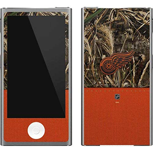 Skinit NHL Detroit Red Wings iPod Nano (7th Gen&2012) Skin - Detroit Red Wings Realtree Max-5 Camo Design - Ultra Thin, Lightweight Vinyl Decal Protection Detroit Red Wings Ipod Skin