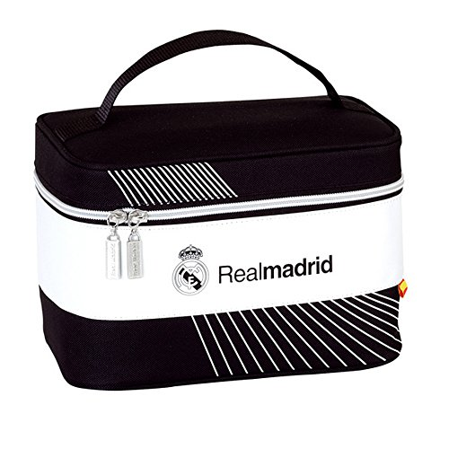 real-madrid-cf-official-football-crest-carrying-case-one-size-black-white