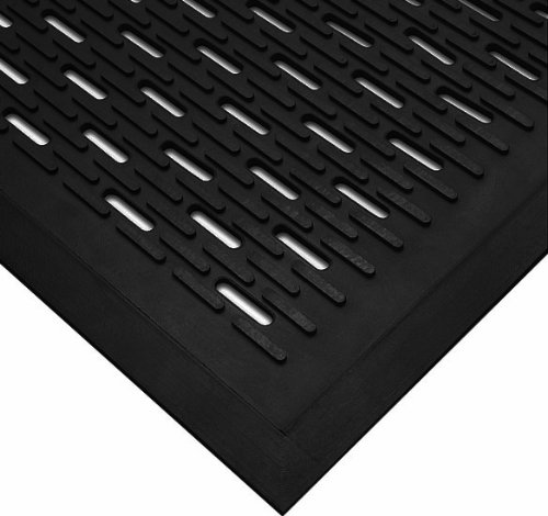 (Wearwell Natural Rubber 224 UpFront Scraper Grease Resistant Mat, Slotted, for Outdoor Entrances, 3' Width x 5' Length x 5/16