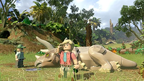 LEGO Jurassic World – PlayStation 4 Standard Edition