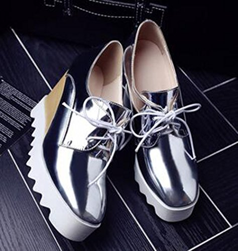 Scarpe Da Donna Sneakers Alte Con Zeppa In Metallo Argentato Con Punta Allacciata In Metallo