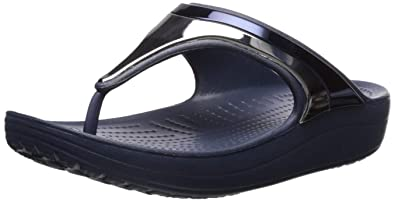 a01773d05cde crocs Women s Sloane Metalblock Flip Flop  Amazon.com.au  Fashion