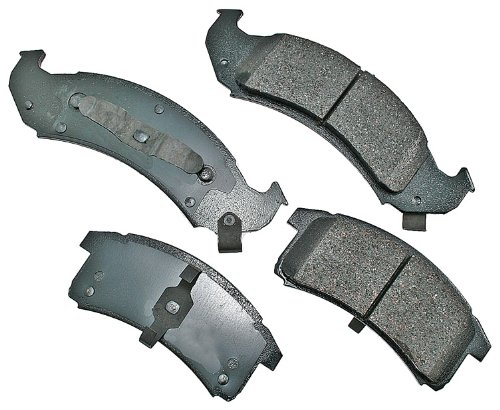 Akebono ACT623 ProACT Ultra-Premium Ceramic Brake Pad Set ()