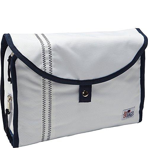 sailorbags-hanging-toiletries-kit