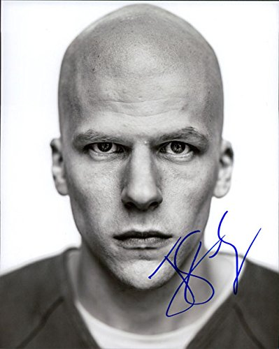 Eisenberg Signed (Signed Eisenberg, Jesse (Batman v Superman: Dawn of Justice) B&W 8x10 Photo autographed)