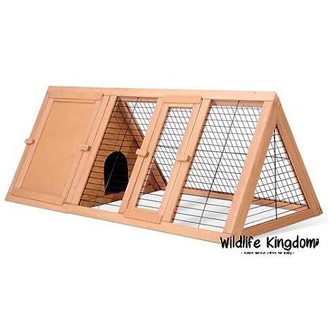 Wildlife Kingdom 0501, madriguera de madera para conejos y conejillos de indias de 1,20 metros, caseta triangular para exteriores para hurones: Amazon.es: ...