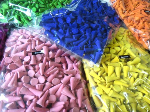 Incense Cone Mixed Variety of Scents Lavender Rose Peep Lamcngrass (Pack of 100 Cones ) Thai Enjoy Produck