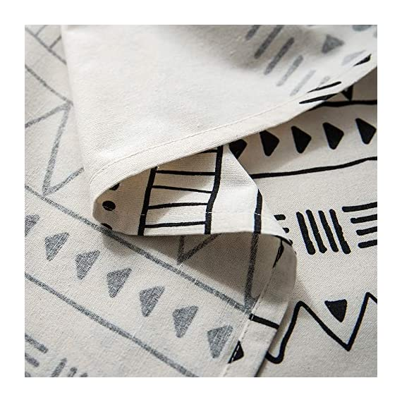 "Lahome Boho Style Geometric Tablecloth - Cotton Linen Table Cover Kitchen Dining Room Restaurant Party Decoration (White, Round - 60"") - DRESS UP YOUR DINNER TABLE - Lahome Bohemian tablecloth measures 60"" (150 cm), is heavy weight, eco-friendly, and long-life used. Fits tables that seat 4 people HEALTHY AND ECO-FRIENDLY - Cotton linen material gives you comfortable feeling and has strong anti-static ability, soft and breathable, good for your health EASY TO CARE FOR - Machine washable in cold water. Tumble dry low heat or air dry; Warm ironing if needed. No bleaching - tablecloths, kitchen-dining-room-table-linens, kitchen-dining-room - 51%2ByQMkTs%2BL. SS570  -"