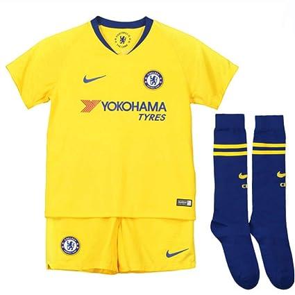 e824fe2cb52 Amazon.com   Nike 2018-2019 Chelsea Away Little Boys Mini Kit ...