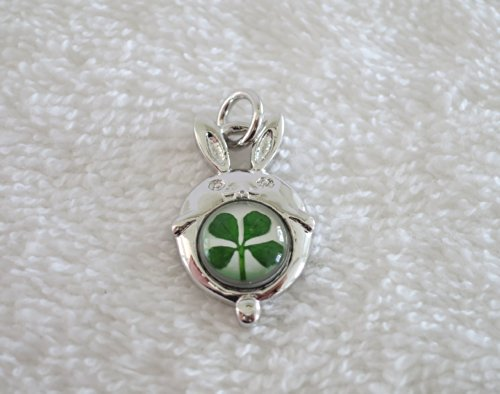 Premium Real Four Leaf Clover Lunar Chinese New Year Animal Series Pendant with 925 Silver Chain and Certificate (rabbit) (Lunar Leaf)
