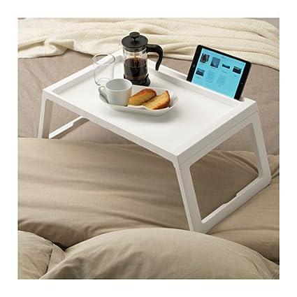 Bandeja de desayuno para la cama color blanco.