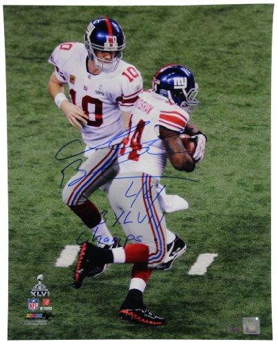 NFL New York Giants Ahmad Bradshaw Signed Super Bowl XLVI Handoff Vertical Photograph, 16x20-Inch