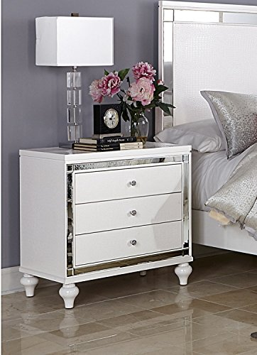 HEFX Ashland 3 Drawer Nightstand Modern White Embossed Alligator & Mirror