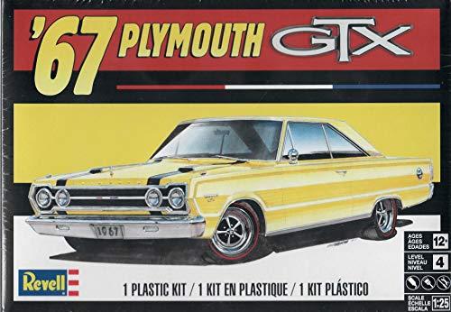(Revell 4481 1967 Plymouth GTX Model Car Kit)