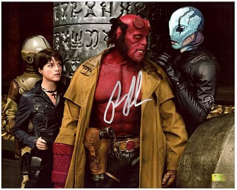 Ron Perlman firmada 8 x 10 Hellboy II con Liz y Abe Sapien ...