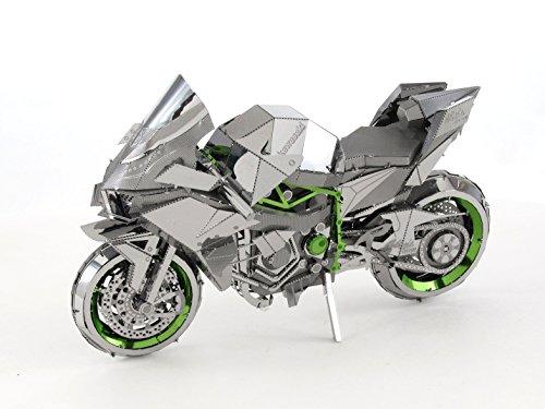 Kawasaki H2 - 9
