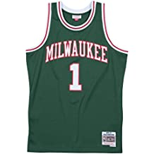 Oscar Robertson Milwaukee Bucks Mitchell & Ness NBA Throwback Jersey - Green