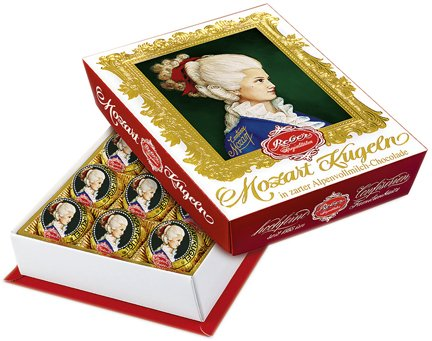 Reber Mozart Kugel Medium Portrait 8.5oz (240g) by Reber Chocolate Specialties