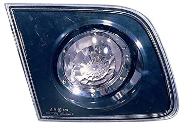Depo 216-1305R-US Mazda 3 Passenger Side Replacement Backup Light Unit without Bulb 02-00-216-1305R-US