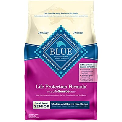 Blue Buffalo Life Protection Formula Small Breed Senior Dog Food – Natural Dry Dog Food for Senior Dogs – Chicken and Brown Rice – 6 lb. Bag