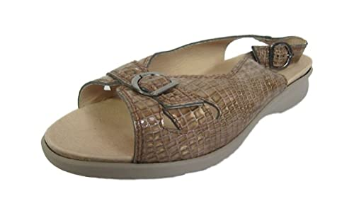 316714be9c6a db  Sicilly  Women s Camel Patent Sandals(4E Wide)  Amazon.co.uk ...