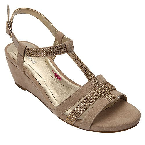 Ros Hommerson Women's Whitney Sandal,Sand Leather,US 9.5 W