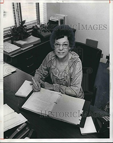 (Vintage Photos 1978 Press Photo Mrs. Sarah Naugher, Birmingham Municipal Records Supervisor)