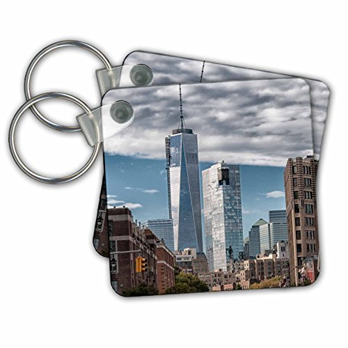 (3dRose View of The Freedom Tower from Greenwich Village Key Chains, Set of 2 (kc_173646_1))