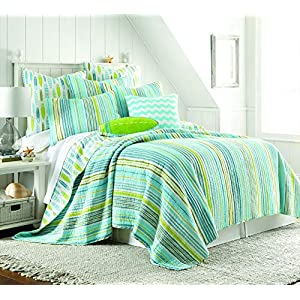 51-5VqUW3OL._SS300_ Coastal Bedding Sets & Beach Bedding Sets