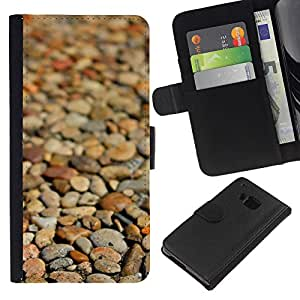 KingStore / Leather Etui en cuir / HTC One M7 / Playa Marrón Enfoque Patrón