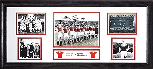 0e7d6040752 Harry Gregg signed   framed Manchester United Busby Babes 30x12 inch  storyboard photo with COA and proof  Amazon.co.uk  Sports   Outdoors