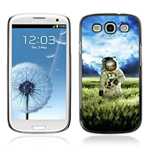 Designer Depo Hard Protection Case for Samsung Galaxy S3 / Astronaut On The Field