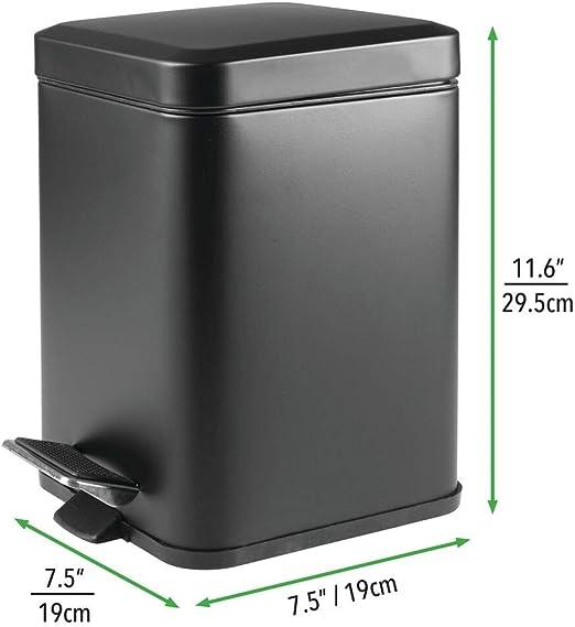 Papelera redonda de metal con acabado anticorrosi/ón Contenedor de residuos compacto con cubeta interior extra/íble blanco mDesign Cubo de basura con tapa basculante para ba/ño o cocina
