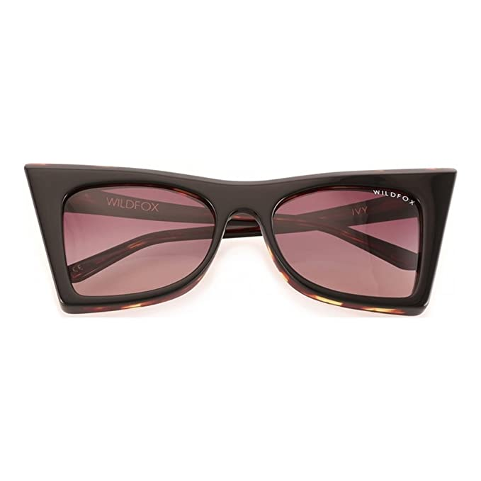 ea8b772e78cb3 Wildfox Women s IVY Retro Cat-Eye Sunglasses Black Brown  Amazon.ca ...