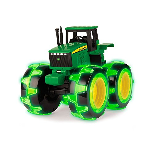 Ertl John Deere Tractor with Lightning Wheels