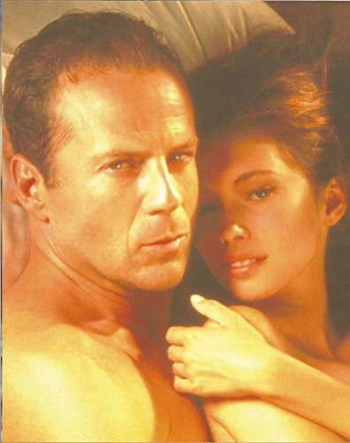 Bruce Willis with woman close up - 8 x 10 Movie Photo 004 Look Whos Talking Monkey