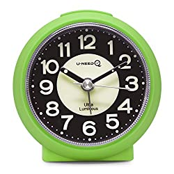 U-needQ Matte Colorful Non Ticking Analog Quartz Alarm Clock with Luminous Clock Dial, 5 Minutes Snooze, Light Night - Small Size, Light Weight, Easy to Use, Perfect for Travel and Kids (Green)