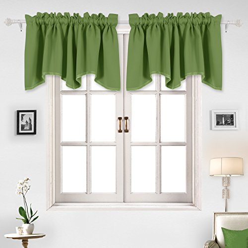 Deconovo Solid Color Valance Rod Pocket Curtains Short Window Curtains Blackout Curtains Scalloped Curtains for Study 52 X 18 Inch Forest Green 1 Panel (Treatment Green Valance Window)
